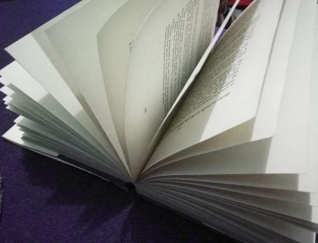 kertas buku